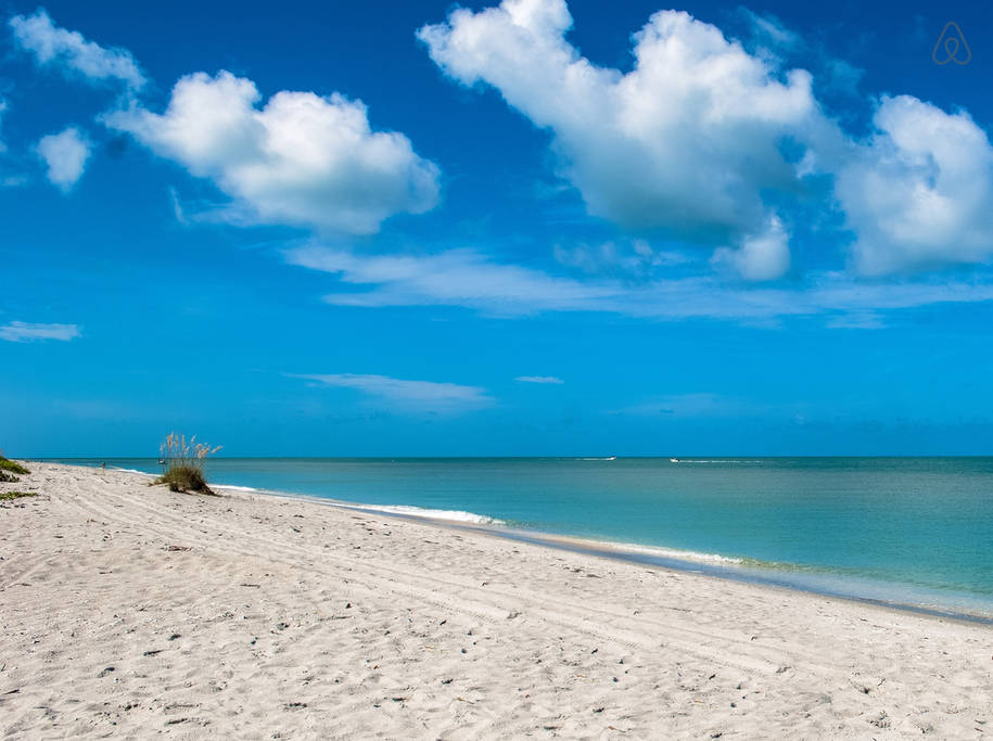 Take A Relaxing, Getaway Bicycle Tour Of Captiva Island
