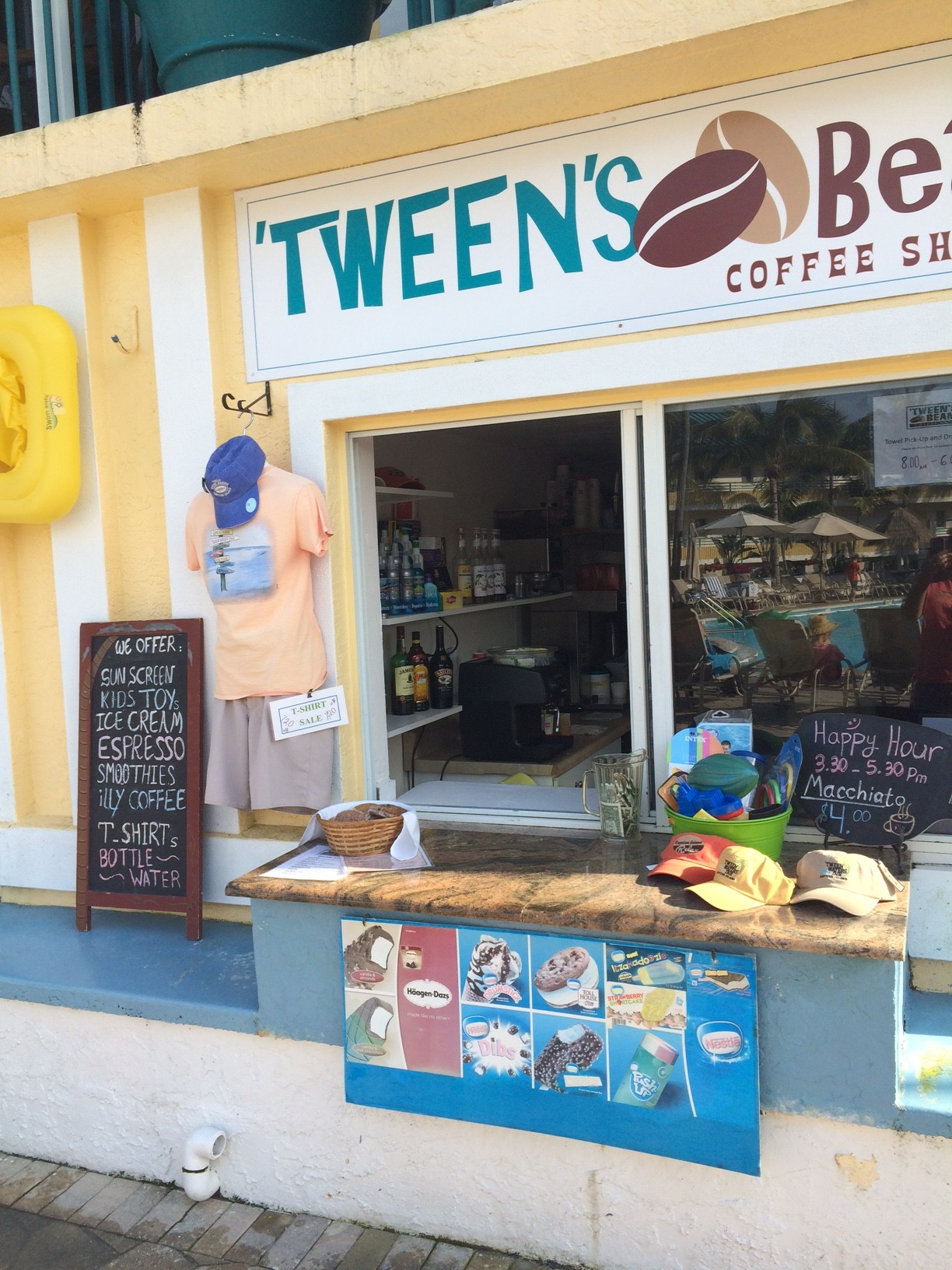 Coffees, Ice Cream, Smoothies & More at 'Tween's Beans Coffee Shop